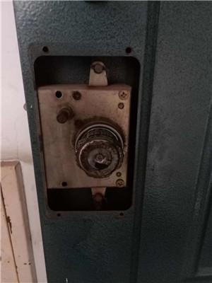 单县修锁电话号码园艺街道防盗门修锁多少钱-- 单县赵师开锁行