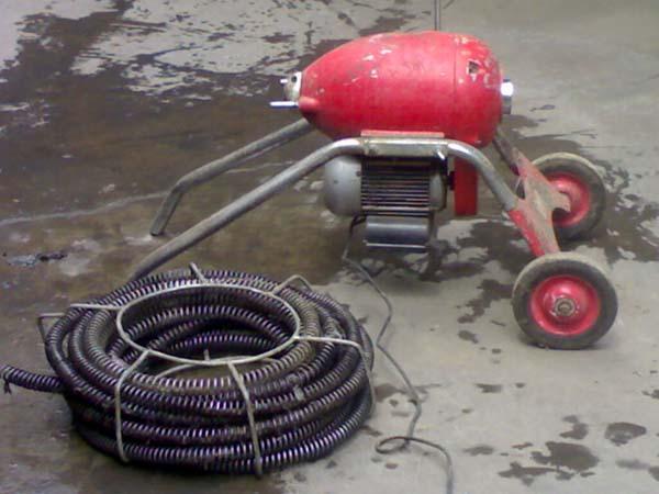 单县管道疏通的过程中要用到哪些辅助工具-- 单县张氏家政服务部
