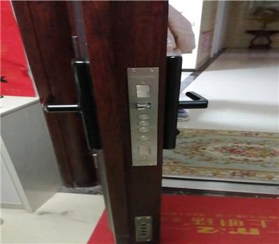 鲁甸开锁公司都怎么开锁 找个好师傅才能放心-- 鲁甸县文屏镇黄师专业开锁店