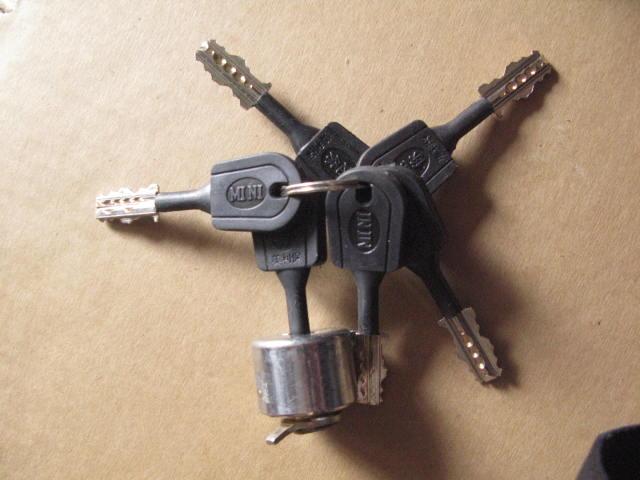 如何换锁芯 自己动手也能搞定